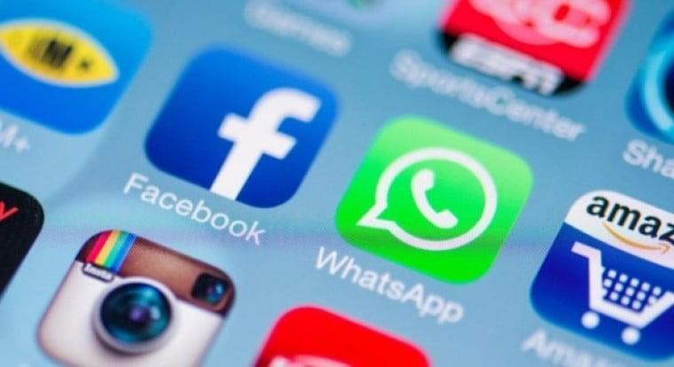 Old WhatsApp status update using text