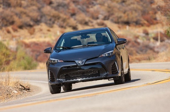 2017 toyota corolla front view