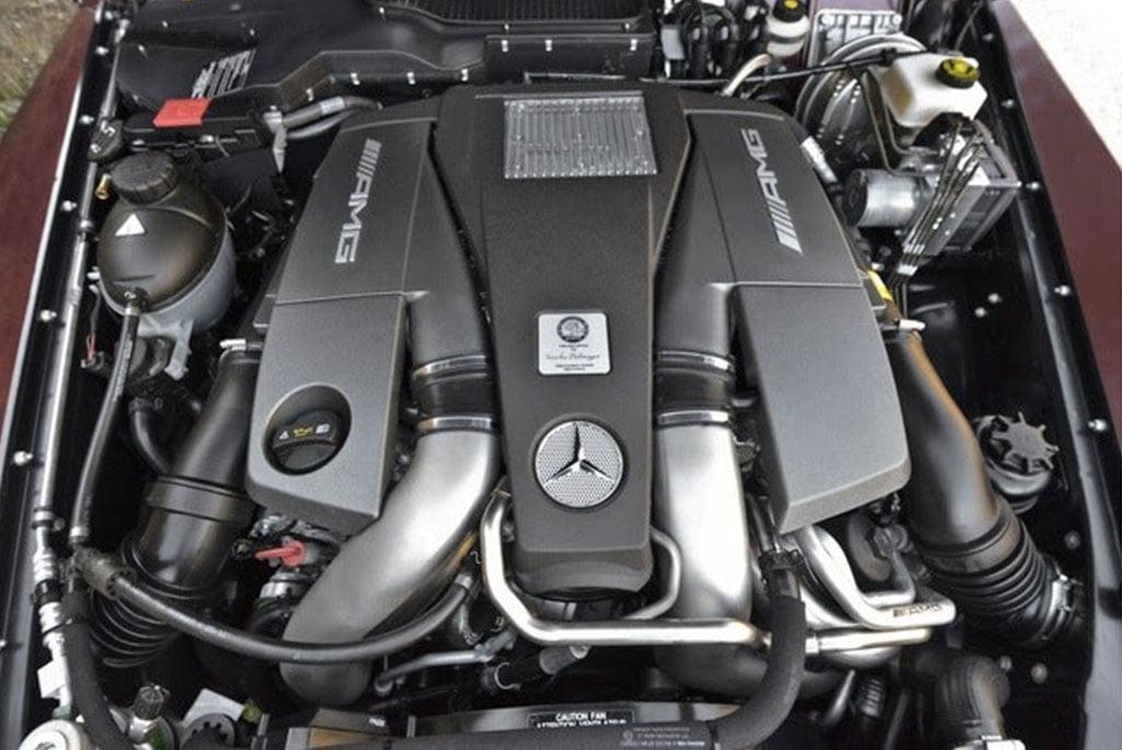 mercedes benz G63 AMG engine